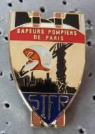 PIN´S SAPEURS POMPIERS CASQUE DE PARIS SIFR - Pompiers