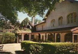 """CHARETTE  Hôtel-restaurant """"Doubs-Rivage"""" - France"""