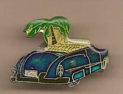 1 PINS Voirture Ancienne Bleue Métalisée Interieur OR Décapotable. SUPERBE - Jaguar