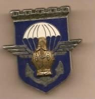 Pins  17 ° Regiment De Genie Parachutiste  Dos Lisse Epingle Sertie. - Militaria