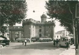 CPM - 66 - PERPIGNAN - Le Castillet (Ed. Yvon, I.B. 761) - Perpignan