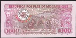 MOZAMBICA  P128  100  METICAIS   1980 Low Number  # AA 0001493    UNC. - Mozambique