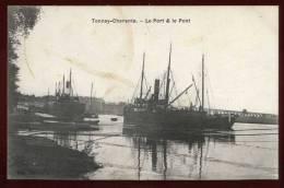 Cpa  Du 17  Tonnay Charente  Le Port & Le Pont      FRVA6 - Guyancourt