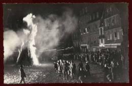 Cpa Carte Photo  Du 22 Guingamp Les Feux De La Procession Nocturne  DELL1 - Guingamp