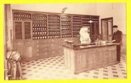 * Ieper - Ypres - Yper * (Nels) O.L.V. Gasthuis, Hopital Notre Dame, Apotheek, Pharmacie, Nun, Cpa Rare, Old, Clinique - Ieper