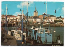 85 - Les Sables D'Olonne - Le Port De Pêche De La Chaume Et L'église Saint Nicolas - Sables D'Olonne