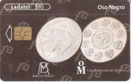 TARJETA DE MEXICO CON UNA MONEDA DE UN OSO-BEAR (8-10)   (MONEDA-COIN) - Sellos & Monedas