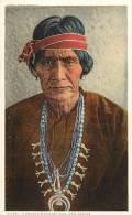 Réf : F -13-010 : A Navaho Medecine Man .New Mexico - Etats-Unis