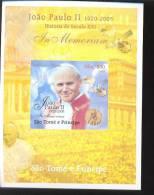 SAO TOME   2005 - 4 MINT NEVER HINGED SOUVENIR SHEET OF POPE JOHN PAUL II - Christendom