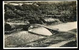 ISLANDE VAGLASKOGUR / (un pont) /