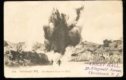 NOUVELLE ZELANDE DIVERS / The Greatest Geyser On Earth / - Nouvelle-Zélande
