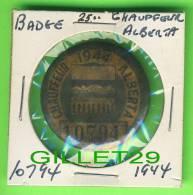 PIN'S - CHAUFFEUR No 10794, ALBERTA, 1944 - BADGES, LAPEL PIN - PINBACK - - Trasporti