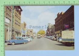 Old Car At  Railroad Street  St Johnsbury Vt. USA ( The Shopping Center)  2 Scan Carte Postale Post Card - Non Classés