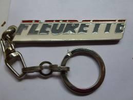 Porte Clés Camping Car Fleurette ,  Benet - Porte-clefs
