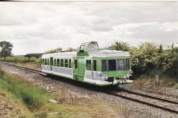 CF 70 Train, Locomotive, Autorail  X 3898 à St Morel - France