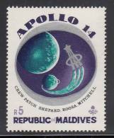 Maldives MH Scott #370 5r Apollo 14 Shoulder Patch - Apollo 14 Moon-landing Mission - Maldives (1965-...)