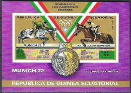 Guinée Equatoriale  Yvertn° Bloc 20 ***  MNH Sport Cote 11 Euro - Guinea Ecuatorial