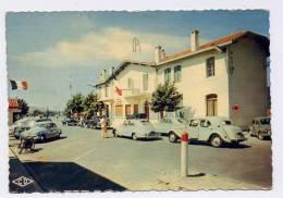 K24 - HENDAYE - Frontière Franco-espagnole (vieilles Automobiles Peugeot 403 - 4 CV - Traction Citroën ) - Hendaye