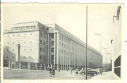 BELGIUM - BRUXELLES - Banque Nationale - Old Cars - Banques