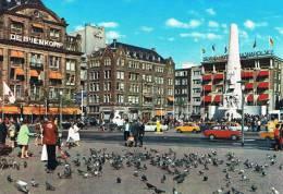 AMSTERDAM - Het Nationaal Monument - Superbe Animation, Piétons, Pigeons, Autos : Fiat 850, Austin Mini - Amsterdam