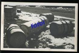 REAL PHOTO POSTCARD PORTUGAL SACOR PETROL BARREL CARTE POSTALE - Cartoline
