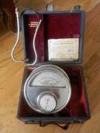 Médecine Vintage OSCILLOMETRE SPHYGMOMETRIQUE ANCIEN Manomètre Du DIRECT GRENIER ! - Technical