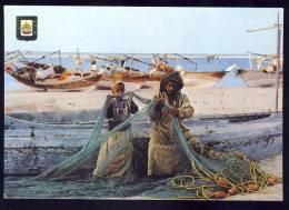 AK     U.A.E.    FISHING BOATS - Ver. Arab. Emirate