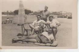 MAR DEL PLATA AÑO 1952   PLAYA SHORE  PERSONAS EN LA PLAYA  OHL - Postkaarten