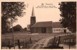 BELGIQUE - FLANDRE ORIENTALE - WETTEREN - MASSEMEN - Kerk Westerzijde En Oude Hoeve. - Wetteren