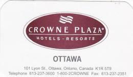 CANADA OTTAWA CROWNE PLAZA HOTELS VINTAGE LUGGAGE LABEL - Hotel Labels
