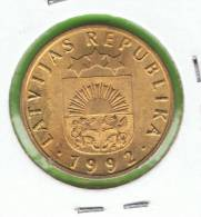 LATVIA - LETONIA - 10 Santimi   1992 SC   KM17 - Letonia