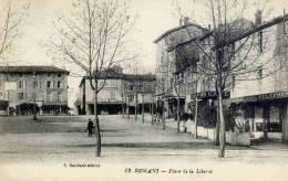 CPA 26 ROMANS-SUR-ISÈRE - PLACE DE LA LIBERTÉ - Romans Sur Isere