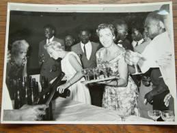 INHULDIGING V/H C.E.S. ( Belgisch Congo ) (?) Te Identificeren ANNO +/- 1958 ( Zie Foto Voor Details ) ! - Plaatsen