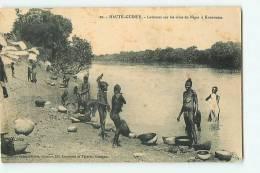 KOUROUSSA, Haute Guinée : Laveuses Sur Les Rives Du Niger. 2 Scans. Edition Gobinet - French Guinea