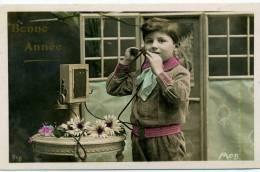 GARCON AVEC TELEPHONE - Fantaisies
