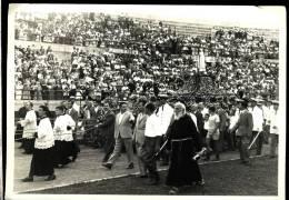 BARI    AGOSTO 1959   INTERNO STADIO ARENA DELLA VITTORIA  2   FOTO  FICARELLI    18 X 13    PROCESSIONE  RELIGIONE - Lieux