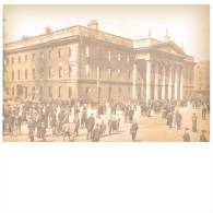 The G.P.O. In Ruins After The 1916 Rebellion. Sackville Street  Postcard Size:15x10 Cm. Aprox. - Irlanda
