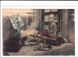 TONKIN .- Fumeur D´ Opium - China