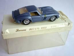 VOITURE - AUTOMOBILE - SOLIDO EN BOITE - FERRARI 250 GTO 1963 - AGE D�OR