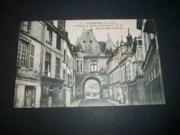 VENDOME L'hôtel De Ville Côté Nord  - E. Dupré édit. 2 NON CIRCULEE   L127 - Vendome