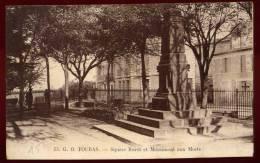 Cpa   Du  17 Fouras  Square Burot Et Monument Aux Morts    PUO25 - Fouras-les-Bains