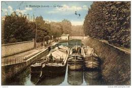 CPA, Loiret, Montargis, Le Canal (péniches) - Montargis