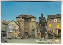 MARVEJOLS 48  - La Porte De Soubeyran : HOTEL DU CHEVAL ROUGE Pub DUBONNET - CPSM CPM GF N° 480134 - Lozère - Marvejols