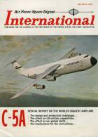 Air Force / Space Digest - INTERNATIONAL - MARCH 1966 -  Vietnam - Avion - Fusée - Tank  .....     (3282) - Revistas & Periódicos