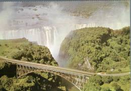 (333) Zimbabwe - Zambia Border - Victoria Falls (with Rhodesia Stamps At Back) - Zimbabwe