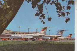 FLUGZEUGE - FLUGHAFEN / AIRPORT Berlin-Schönefeld, Aeroflot Tupolev TU 134 - Aerodrome