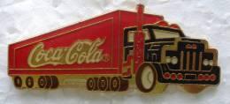 Pin´s Pins Pin COCA COLA Camion Routier.pin's épais - Coca-Cola