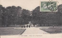 LOUVIERS. Place De La République - Louviers