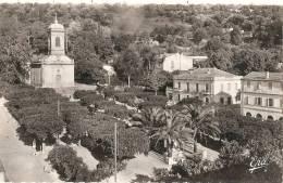DELLYS Place De L'église Et La Poste Neuve  Excellent état - Andere Städte