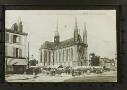 N° 1052/1070 - La Place Et L'Eglise Saint Thomas Un Jour De Marché ( Faubourg De Laon ) - Reims